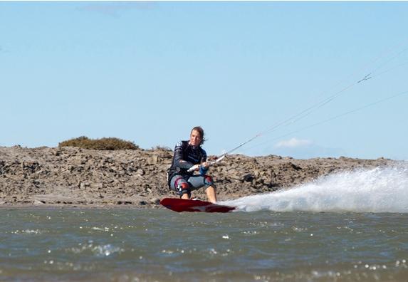 Alex Caizergues cause sur flysurf.com