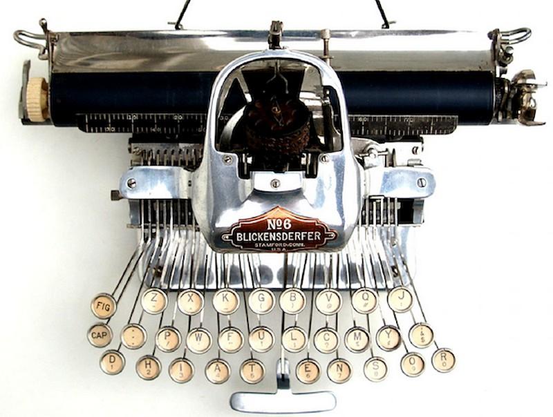 Le Scribe prend la tangente