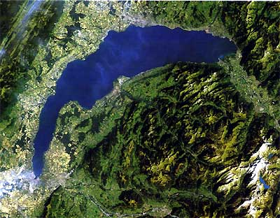 Test F.one 2012 sur le lac Léman