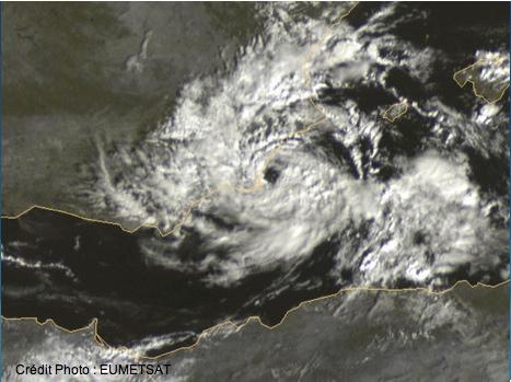 Méditerranée : formation d'une dépression extra-tropicale