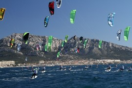 Marseille Kite Race. This is the end