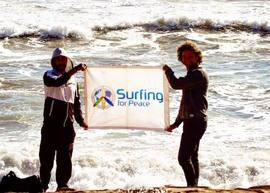 Surfer pour la paix