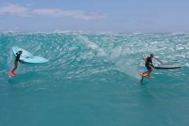 Session épique de wingsurf avec Titouan Galea et F-ONE à Hawaï