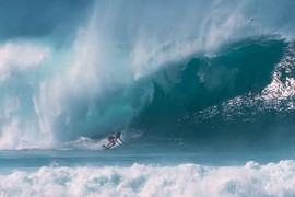 Session de surf à Pipeline avec Jamie O'brien et Kelly Slater