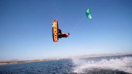 Hippie kitesurfing