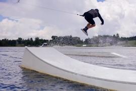 Session wakeboard en Lettonie avec Graeme Burress