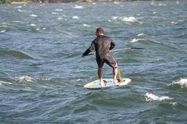 Dave Kalama en SUP foil dans les Gorge