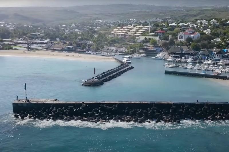 Jorgann Couzinet sur l'île de la Réunion