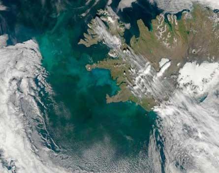 Jérome Josserand traverse l'Islande en snowkite