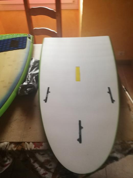 Surf Slingshot Céleritas 5.10 split avec boitier kf box