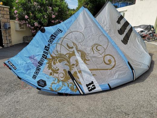 Kitesurf quiver Zeeko - 3 ailes + barre